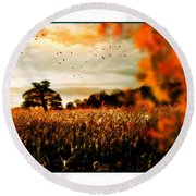 Crows And Corn Round Beach Towel