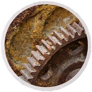 Crusty Rusty Gears Round Beach Towel