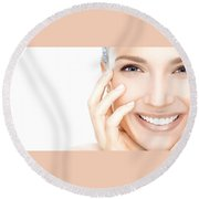 Cure Acne Through Unconventional Methods Round Beach Towel