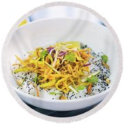 Curry Sauce Vegetable Salad With Noodles And Sesame Round Beach Towel