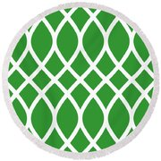Curved Trellis With Border In Dublin Green Round Beach Towel