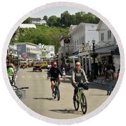 Cycling The Island Round Beach Towel