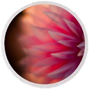 Dahlia Sunset Round Beach Towel