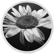 Daisy I Round Beach Towel
