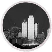 Dallas Skyline Bw 113017 Round Beach Towel
