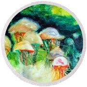 Dance Of The Jellyfish Round Beach Towel