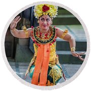 Dancer Of Bali Round Beach Towel