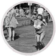 Dancing In The Street Round Beach Towel