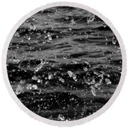 Dancing Water In Black And White Round Beach Towel