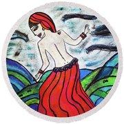 Danza De Mar Y Luna Round Beach Towel