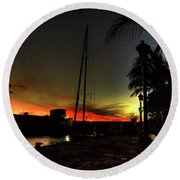 Dark Sunlight Round Beach Towel