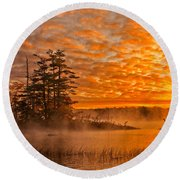Dawn At Oakfield Provincial Park Round Beach Towel