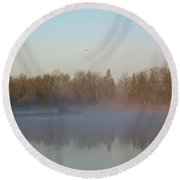 Dawn Fog Over Mississippi River Round Beach Towel