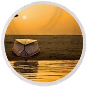 Dawn On The Ganga Round Beach Towel