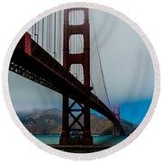 Daybreak At The Golden Gate Round Beach Towel