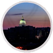 Daybreak In Madison Wi Round Beach Towel