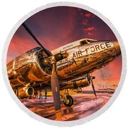 Dc-3 In Surreal Evening Light Round Beach Towel