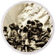 Death In The Time Of The Irish Famine Round Beach Towel