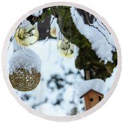 Decorations In The Snow Round Beach Towel