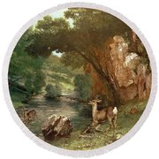 Deer By A River Round Beach Towel