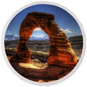 Delicate Arch Framing La Sal Mountains Round Beach Towel
