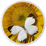 Delightful White Butterfly Round Beach Towel