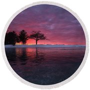 Detroit Point Sunset Off The Ice Round Beach Towel
