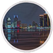 Detroit Skyline From Windsor In Hdr Round Beach Towel