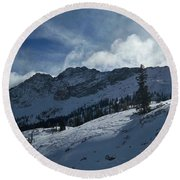 Devils Castle Morning Light Round Beach Towel