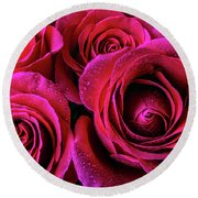 Dewy Rose Bouquet Round Beach Towel