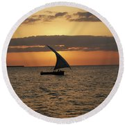 Dhow At Sunset Round Beach Towel