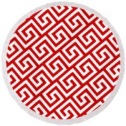 Diagonal Greek Key With Border In Red Round Beach Towel