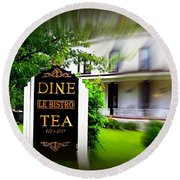 Dine Le Bistro Tea Round Beach Towel