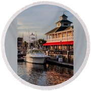 Dining At The Marina Round Beach Towel