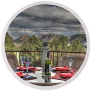 Dining With A View Round Beach Towel