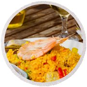 Dining With Paella Round Beach Towel