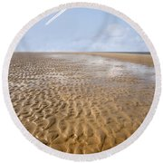 Distant Horizon Round Beach Towel