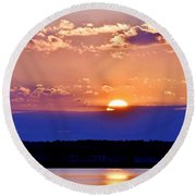 Divine Sunset On The Indian River Bay Round Beach Towel
