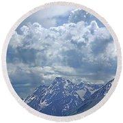 Dm9233 Clouds Over Mt. Moran V Round Beach Towel