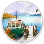 Do-00095 Boat Near Rotorua Round Beach Towel