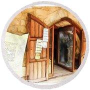 Do-00345 Display Door In The Souk Of Byblos Round Beach Towel
