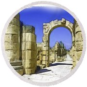 Do-00407 Roman Portico In Tyr Round Beach Towel