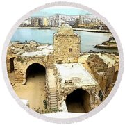 Do-00428 Citadel Looking On Sidon Round Beach Towel