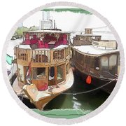 Do-00475 Old Boats Round Beach Towel