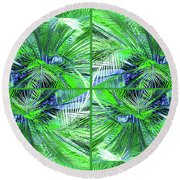 Do You Like Green? Round Beach Towel