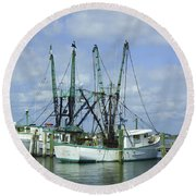 Docked In Port Orange Round Beach Towel