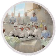 Doctor - Operation Theatre 1905 Round Beach Towel