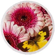 Dog Face Butterfly On Pink Mums Round Beach Towel
