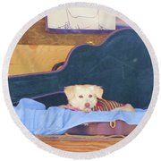 Doggy In The Guitar Case Round Beach Towel