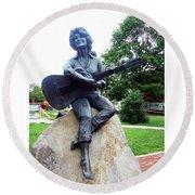 Dolly Pardon Statue 2 Round Beach Towel